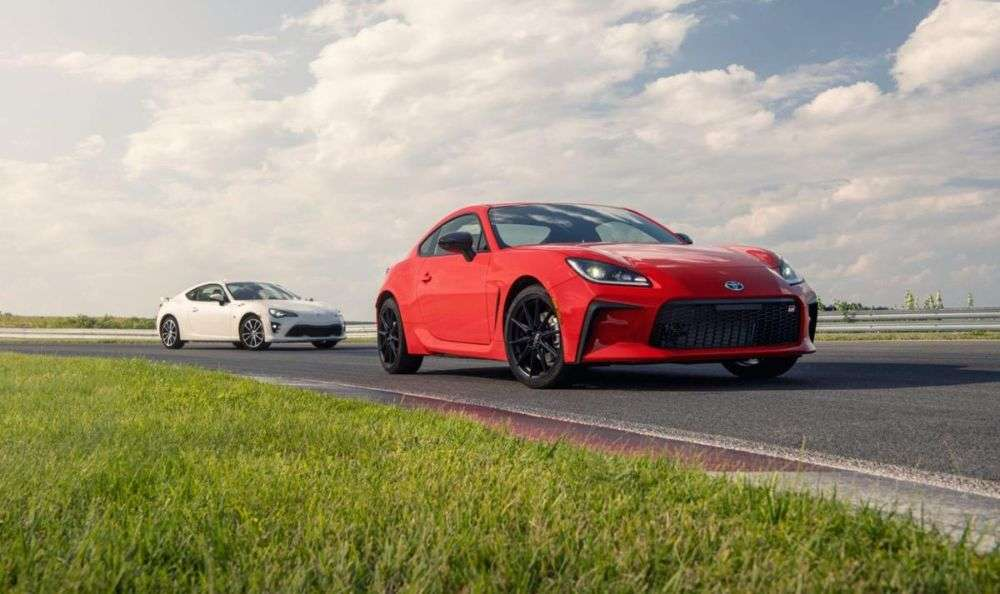 Will the 2022 Toyota 86 Pricing Be Similar to the 2022 Subaru BRZ?
